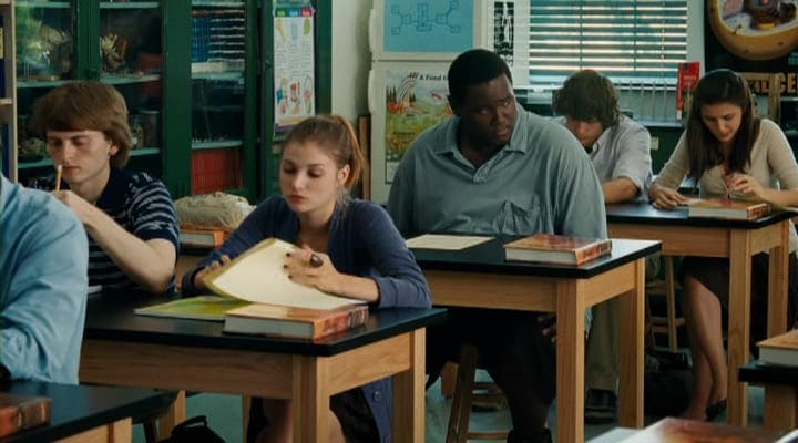 True Behindthescenes Facts From The Blind Side  Page  Of   During A Scene In The Blind Side Oher Impresses His Teacher With An Essay  He Wrote Called White Walls He Really Wrote The Essay Near The End Of  His High